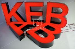 Napis KEBAB - litery 3D LED - świecą na całą ulicę!