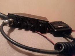 CB RADIO Uniden PRO520XL + Antena Magnesowa Quer First 100cm