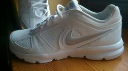 Nike damskie 41, białe
