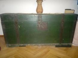 Stara skrzynia, drewniania skrzynia kaszubska, stary kufer