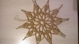 Gwiazdki robione na szydełku