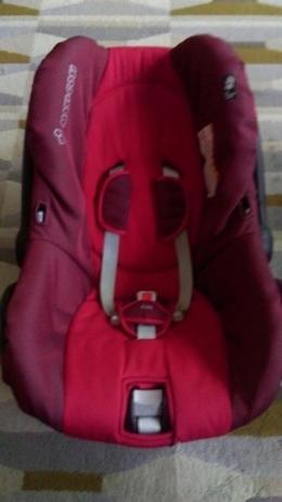 Fotelik samochodowy - nosidełko