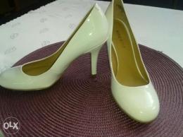 Nine west czółenka szpilki białe buty ślubne rozm 35.5