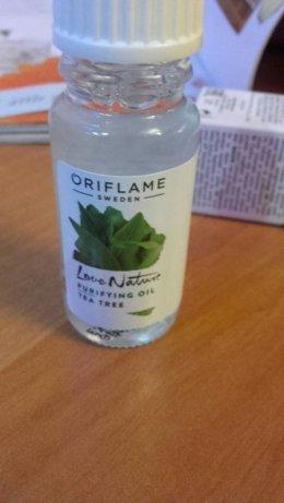 Oriflame 33023 oczyszczający olejek z drzewa herbacianego Love Nature