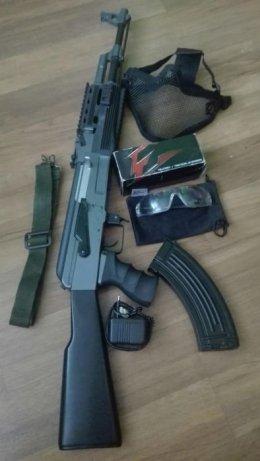 Replika karabinu ASG CM.028A tactical+maska+okulary