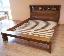 Łóżko Italio z półką 200x200 ze stelażem ( bez szafek nocnych )