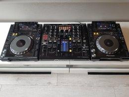 KONSOLETA PIONEER DJM 2000 nexus +2x CDJ 2000 nexus +3x Case