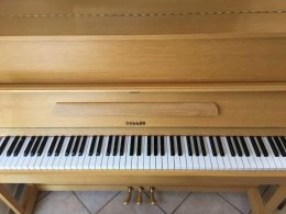 Sprzedam pianino Hellas