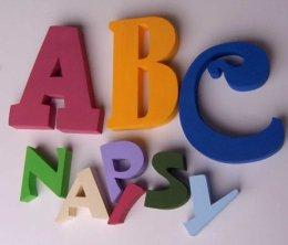 Malowane litery i znaki ze styroduru