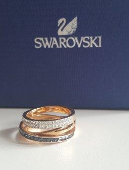 Pierścionek pierścień biżuteria kamienie Swarovskiego
