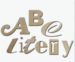 litery i napisy ze sklejki