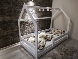 Łóżko domek białe od ręki - STELAŻ GRATIS. - FARBA Z ATESTEM.
