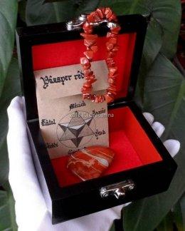 Szkatułka z minerałem jaspis czerwony i bransoletka prezent