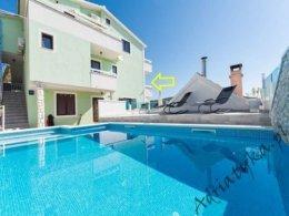 Chorwacja Apartament Dom Pokój Noclegi Basen Okrug Gornji Trogir