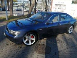 BMW serii 735i