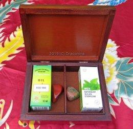 Pudełko na olejki mięta drzewo różane jaspis czakry nr 2 na prezent