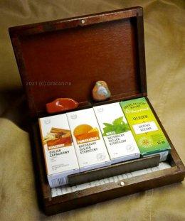 Pudełko 4 olejki zapachowe 2 jaspisy czakry zestaw na prezent