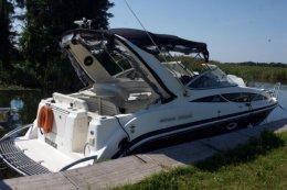 Jacht motorowy Bayliner 285 SB wraz z dedykowaną przyczepą podłodziową