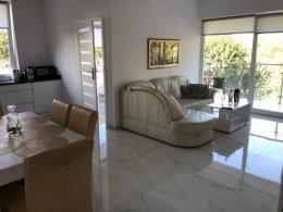 Piękny słoneczny apartament nad morzem, cały rok + m.postojowe w cenie