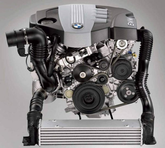 Wszystkie-części-silnika-bmw-2-0-d-N47-177 km