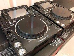 2x Pioneer CDJ-2000NXS2 + 1x DJM-900NXS2 mixer cost $2000USD