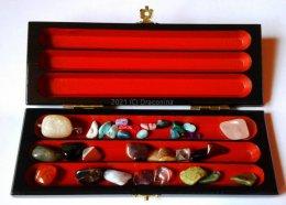 Piórnik zestaw kamieni naturalnych turmalin fluoryt karneol jaspisy